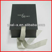 Simple design matte lamination paper collapsible box with logo silver hot stamping for watch
