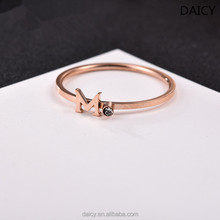 DAICY cheap fashion stainless steel rose gold index finger joint letter m ring