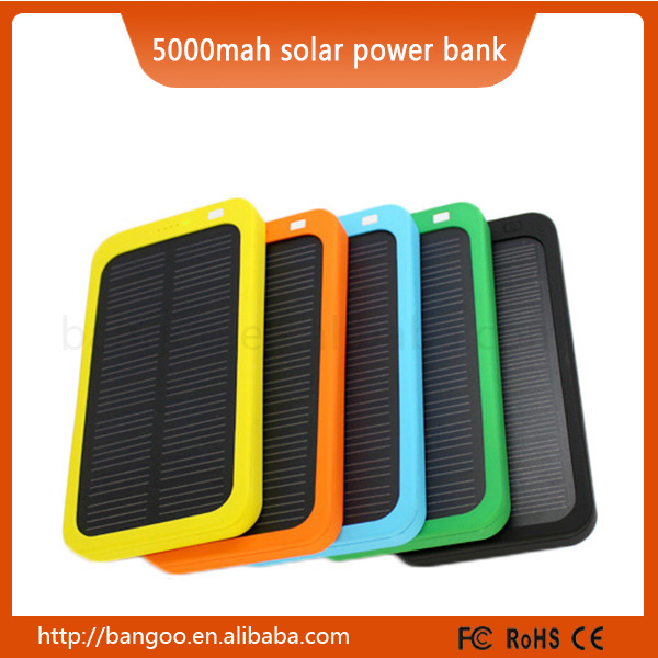New type Customized color and logo real capacity 5000mah portable solar power banks for mobile