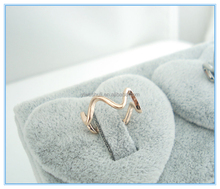 New design lovely rose gold curve shape jewelry ladies tail finger ring