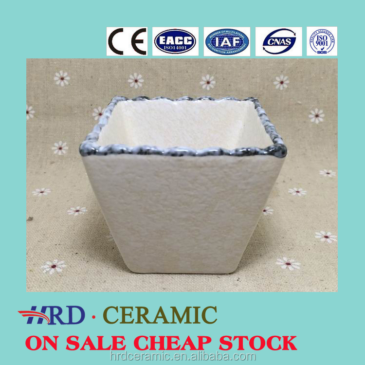 China Manufacturer stocked White Porcelain square ceramic dish