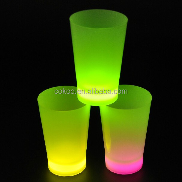 cupless bra cup led color changing pub party flashing plastic led cups with straw