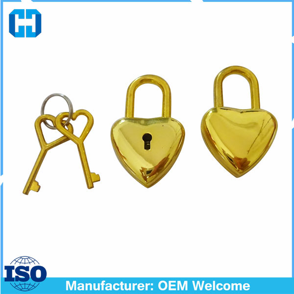 China Factory Small Metal Heart Shaped Padlock Mini Lock With Key For Wedding Deco