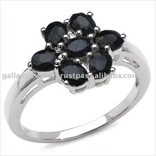 Fashionable yet simple looking sterling silver ring in floral pattern of oval sapphire to add class to it!!