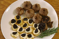 Buy Black Garlic with delicious food for people health