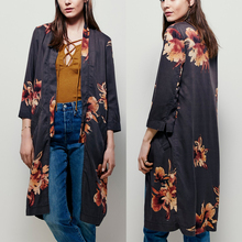 Woman fitted fashion lightweight tencel classic lapel beautiful large-scale sakura floral print slim kimono