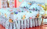 Bedspread with Ruffle