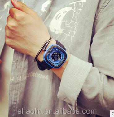 О характере мужчины расскажут часы