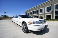 2009 Lincoln Town Car Super Stretch Limousine