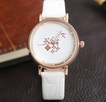 2014 new fashion special circle face design smart quartz ladies watch