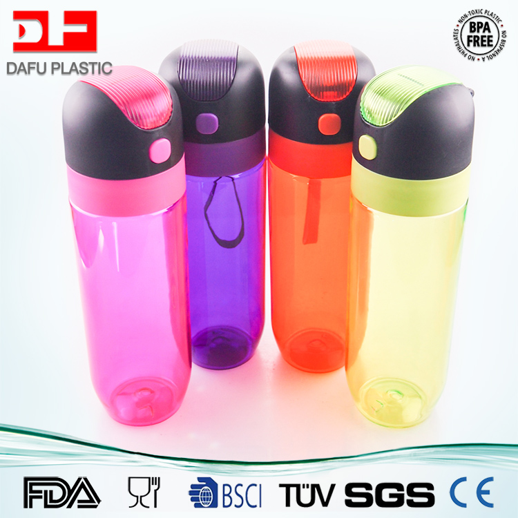 NEW design BPA Free Tritan plastic sports drinking water bottle with pop-up silicone suction nozzle and straw