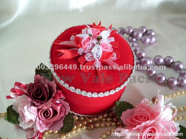 WB88 Velvet Wedding Door Gift Box