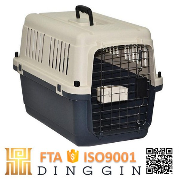 Comfortable airline approved pet travel crate