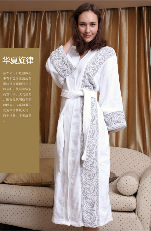 Pure cotton embroidered hotel bathrobe bath robe kimono cotton couple upset in the spring and autumn bathrobe