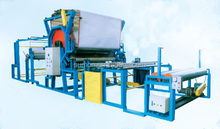 Glue mesh belt type laminating machine