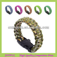 camo paracord bracelet with plastic buckles