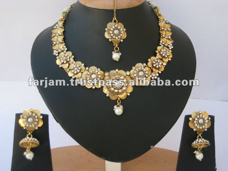 INDIAN DESIGNER POLKI PEARL FLORAL JEWELRY NECKLACE SET