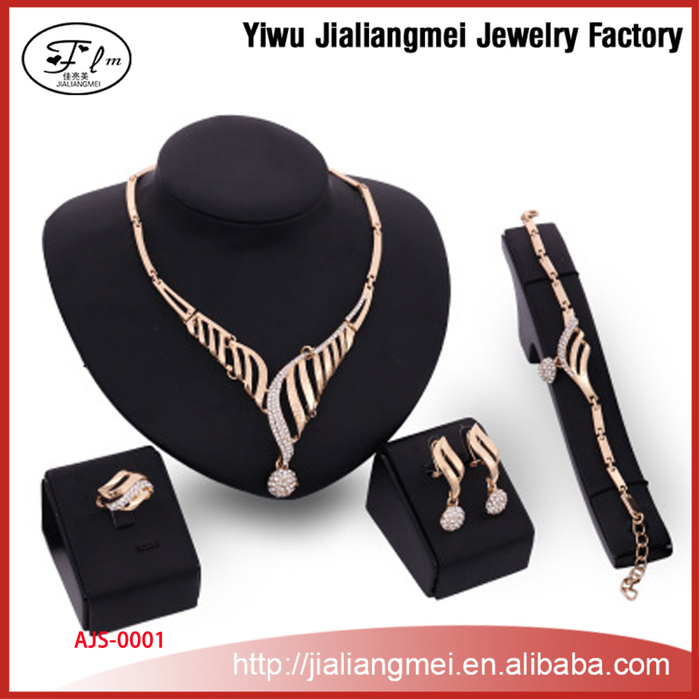 high-end fashion 4 piece of jewelry set Necklaces Bracelets Ring earring Set manufacturers wholesale