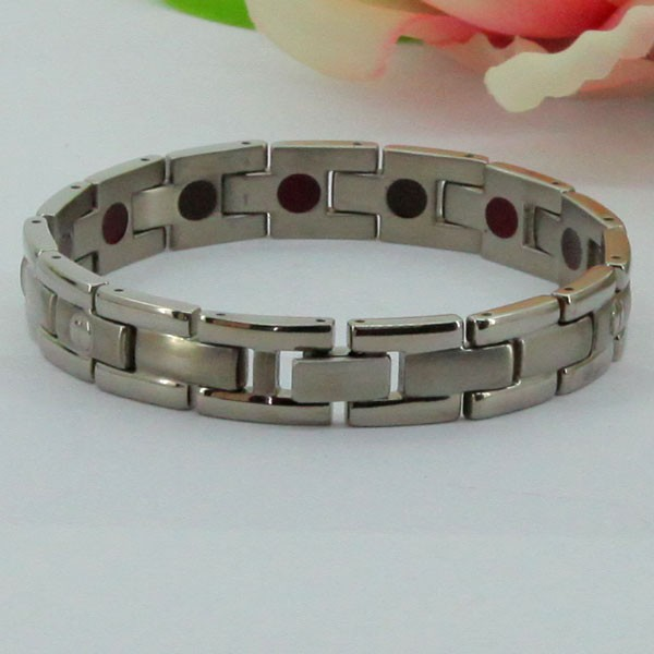 man hand titanium bike chain ion bracelet
