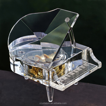 Transparent Crystal Piano Glass Music Box For wedding guests favors gift