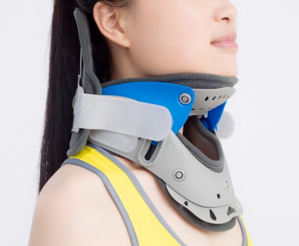 Adjustable Comfortable Neck Collar Surgical Plastic Cervical Collar