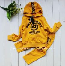 fashionable beautiful yellow winter customized cheap clothig suit sets for kids