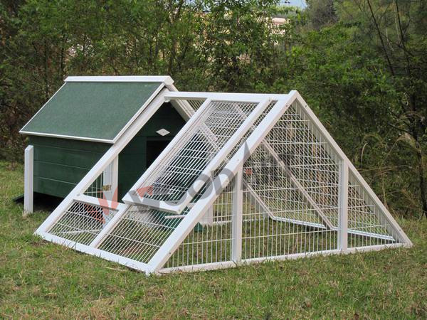 Outdoor large high quality triangle chicken coop