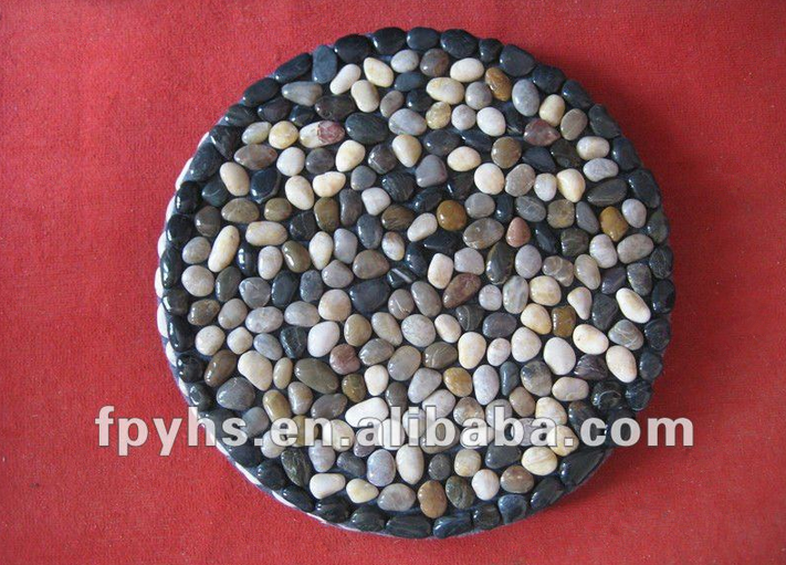 beautiful natural pebble round mat