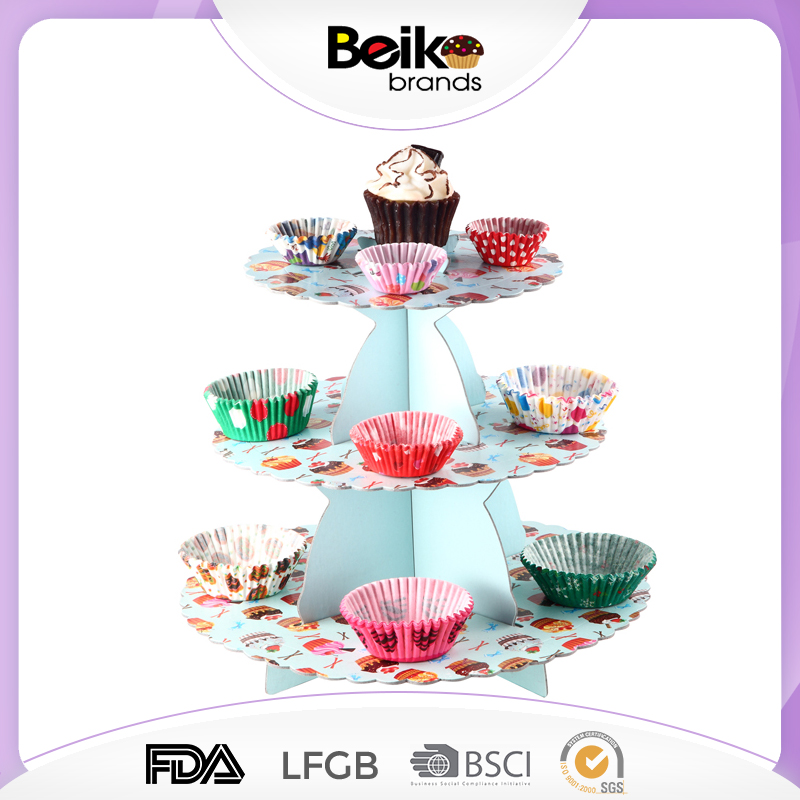Wholesale new bling cake stand wedding cake stand for theme party cinderella carriage cake stand for girls
