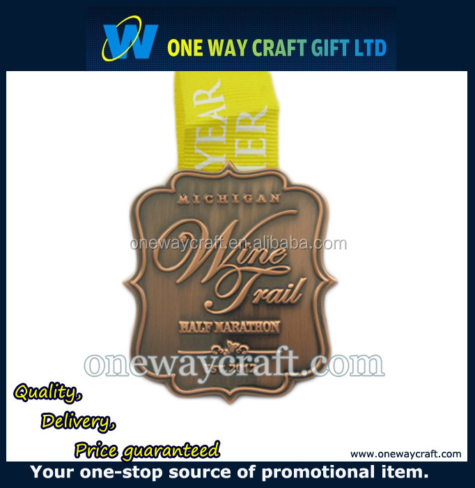 Free design Custom Wholesale Trophies Swimming Medals And Trophies