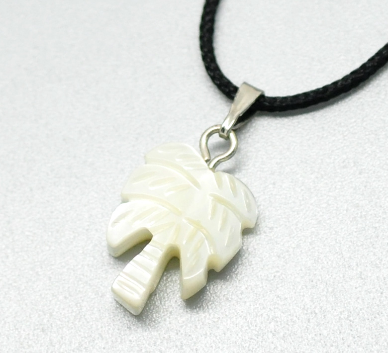 Custom Wholesale Coconut Tree Shell Charm Pendants