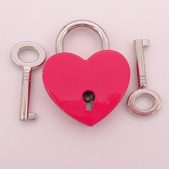 Red Painted Metal Heart Padlock With Key For Luggage Suitcase Locker Set