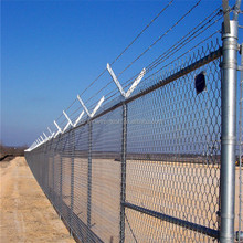 High quality heavy duty chain link fencing for residential or commmercial application