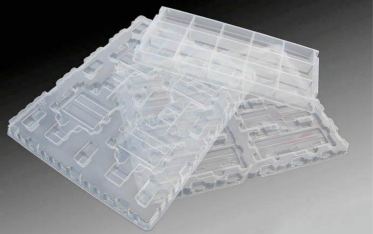 Low price of cheap stackable plastic egg tray made in China