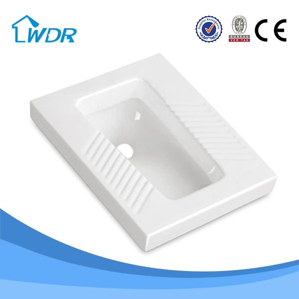 W1005A Wholesale Cheap Ceramic Indian Water Closet Size