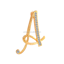 YWMT 2017 New Design Fashion Jewelry Mom Gift Wholesale Gold Plated Crystal 26 Letters Korean Brooch For Women