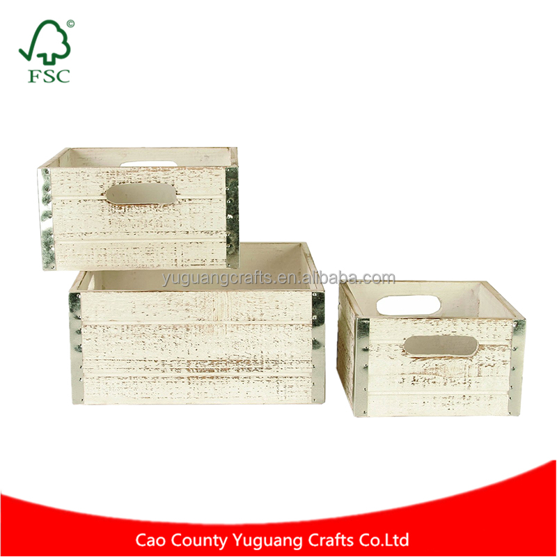 Wholesale Cheap Price Gift Baskets Whitewash Wood Decorative Crates with Handles