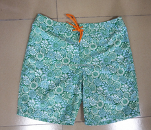 Fashion New Green Floral Printing Quilky Dry Men Custom Swimming Trunk Casual Beach Surfing Board Shorts