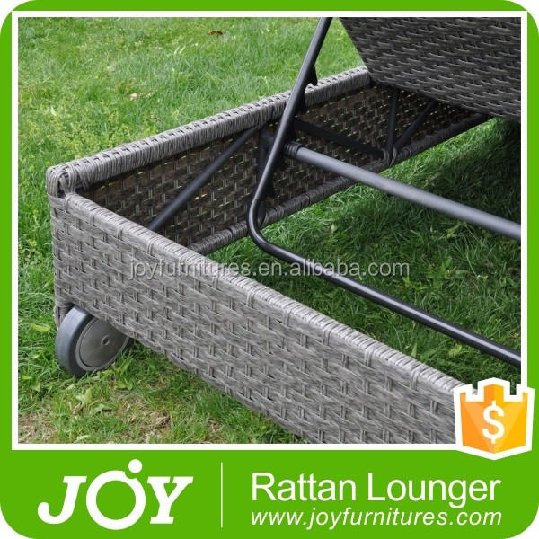 Luxury Resin Wicker Outdoor Daybed Cushions, Rattan Waterproof Outdoor Daybed Covers