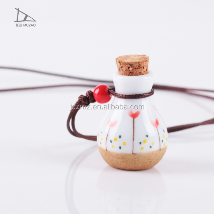 Jingdezhen unique Ceramic Bracelets High Polishing woman Fashion Jewelry necklace bottle charm necklace