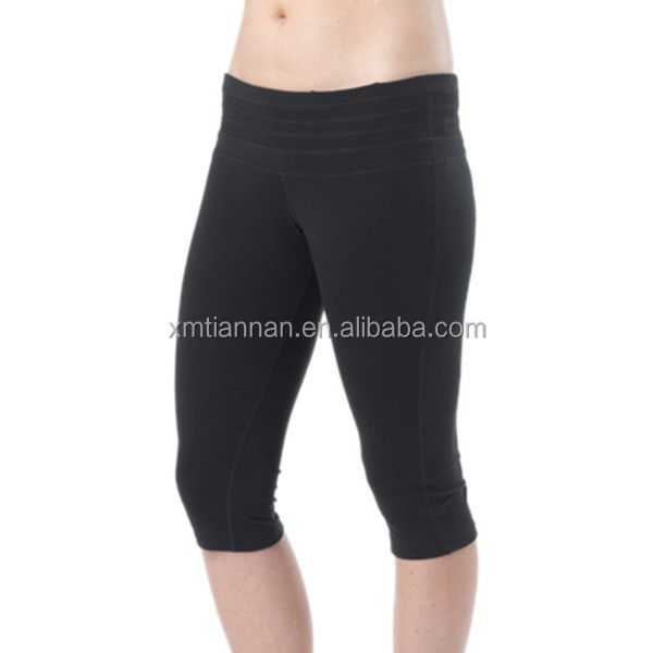 Four-way stretch Semi-fitted low-rise yoga pants models