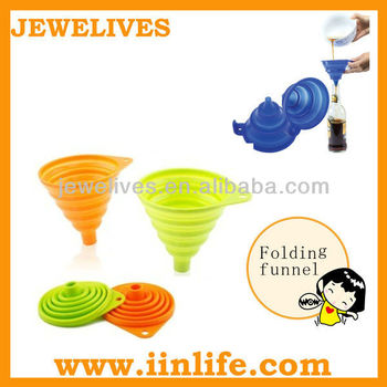 Kitchen essential silicone folding/collapsible funnel