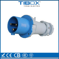 CEE form/ IEC IP67 male and female 32 amp industrial plug