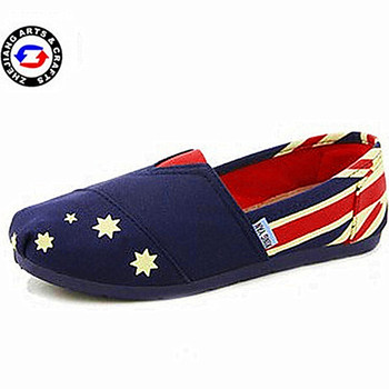 Wholesale new design handmade comfortable star print canvas cloth shoe