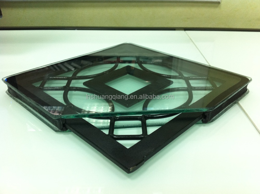 decorative spacer for art glass