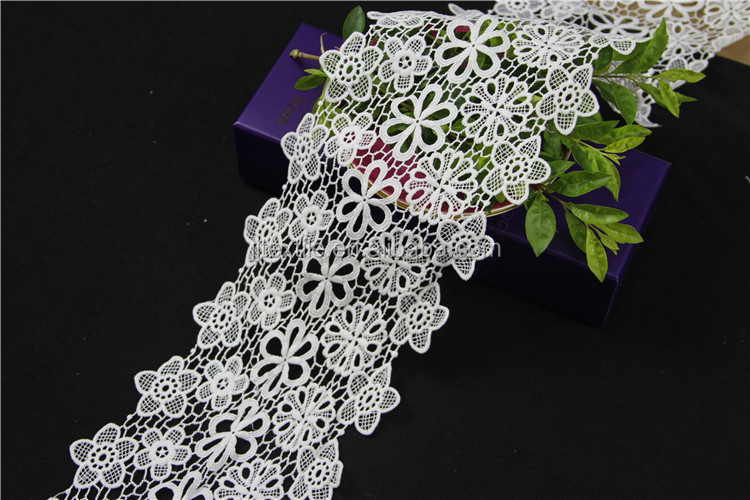 New Arrival Elegant Fancy Embroidered Bridal Lace Trim
