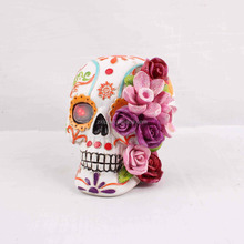 ZH86316 Fall Halloween Item Skull With Light Resin Crafts Polyresin Home Decoration electronic Gift items baterry plate