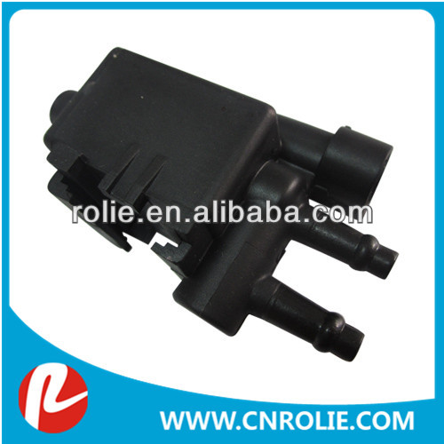 high quality toyota hiace van mini bus 4y/491Q engine Canister solenoid valve