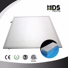 40W 0-10V Dimmable Edge-Lit Super Bright 130LM/W Glare-Free LED Panel Light