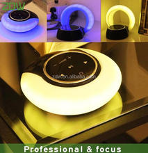 2017 New product plastic LED bluetooth speaker with night light /rechargeble LED table lamp speaker